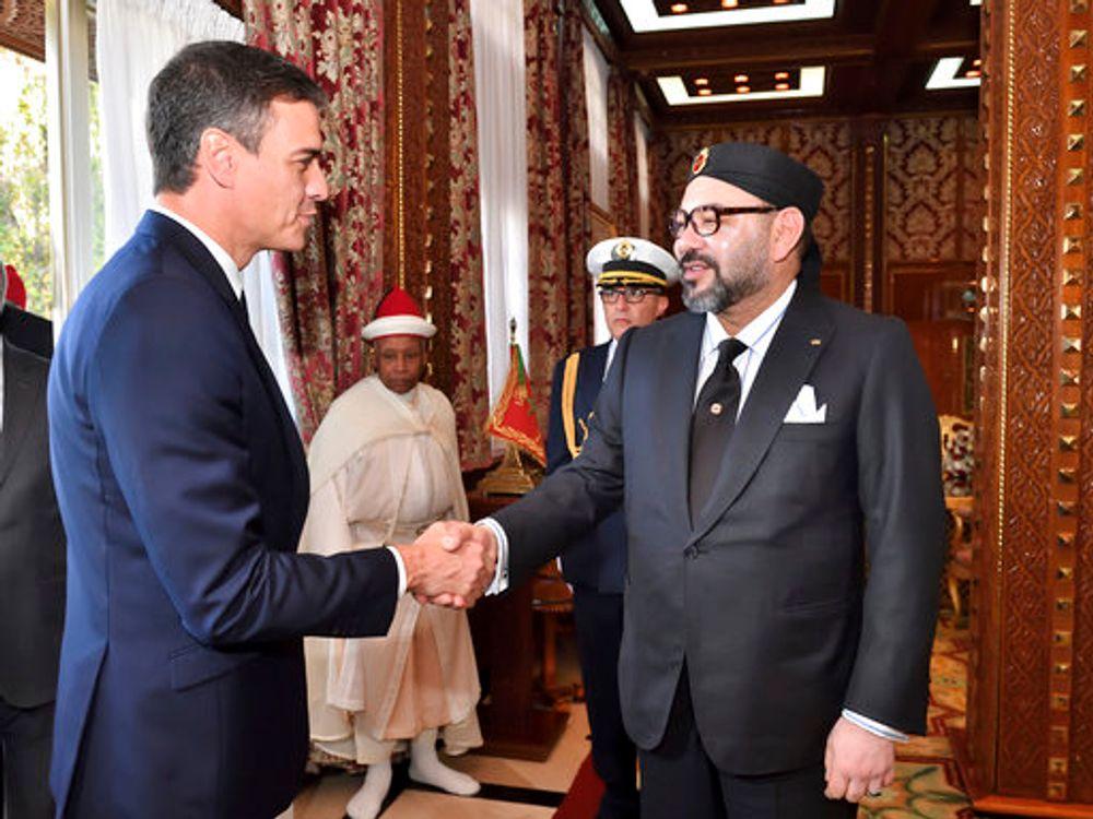العاهل المغربي الملك محمد السادس يستقبل رئيس الوزراء الإسباني بيدرو، قبل غداءهما في القصر الملكي في الرباط ، المغرب ، يوم الإثنين 19 نوفمبر 2018
