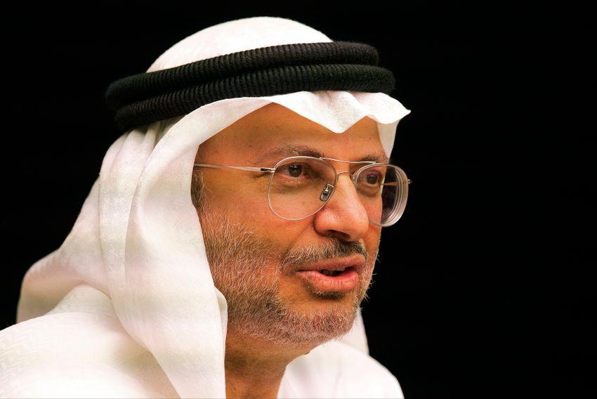 Anwar Gargash, le ministre d'État émirati aux Affaires étrangères, assiste à une conférence de presse à Dubaï, aux Émirats arabes unis, le 15 mai 2019.
