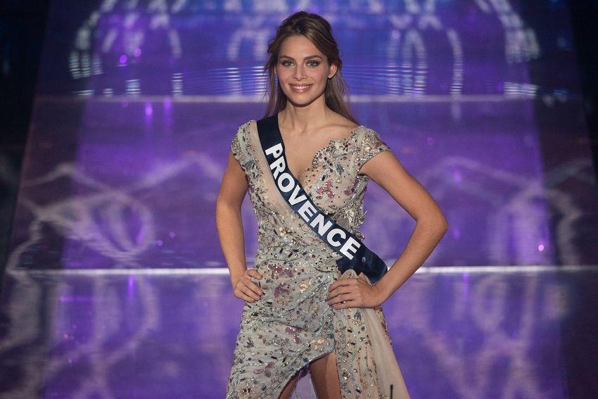 April Benayoum, Miss Provence, lors de l'élection Miss France 2021, le 20 décembre 2020.