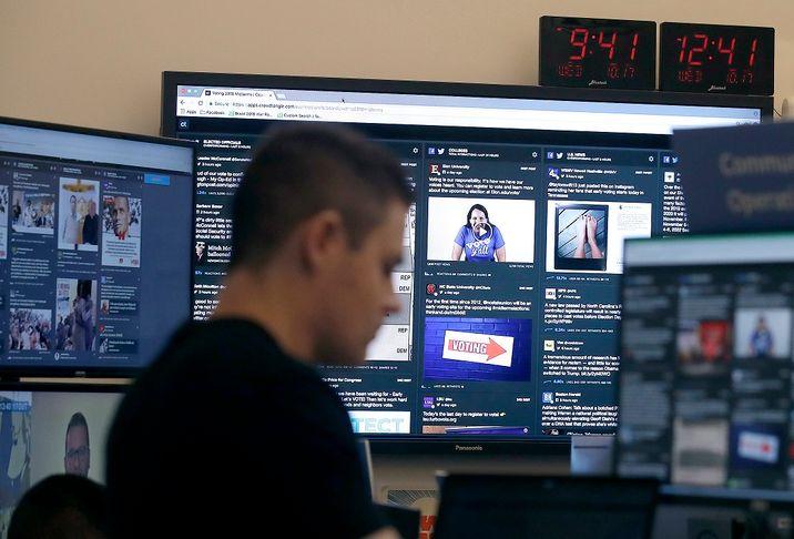 i24NEWS - Facebook bans Israeli firm over fake posts aimed at