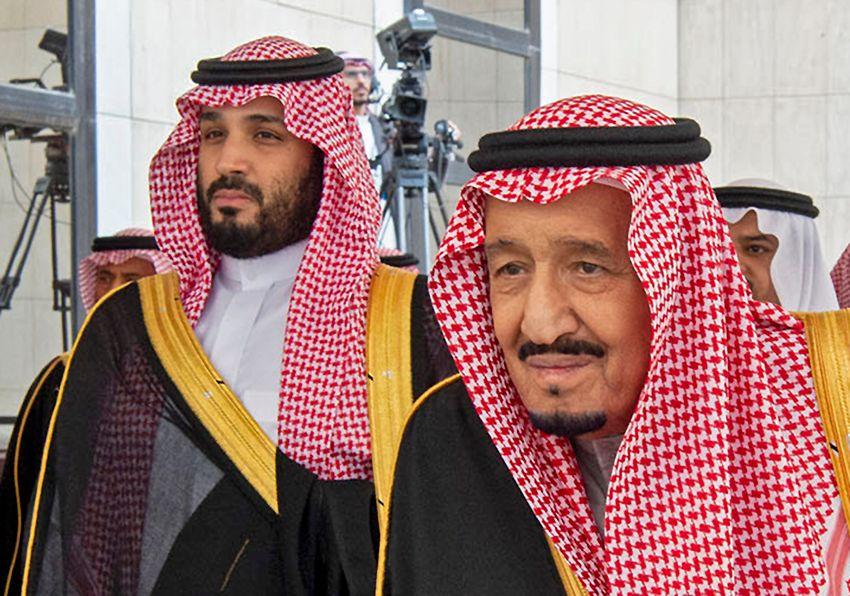 Head of Saudi Royal Palace King Salman of Saudi Arabia (right) and Crown Prince Mohammed bin Salman in Riyadh on November 20, 2019