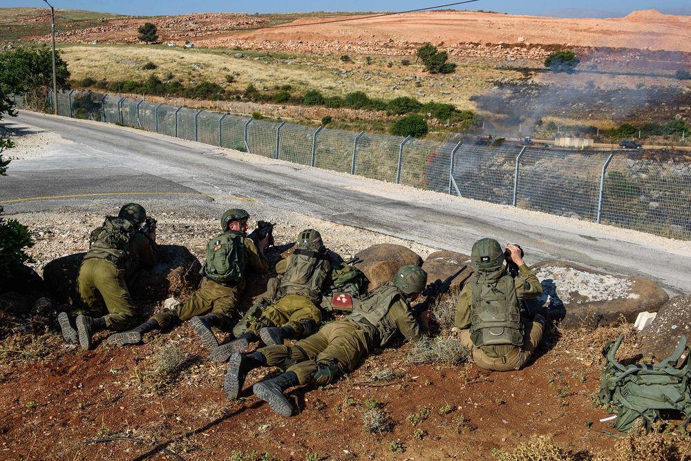 Des soldats israéliens à Metoula, à la frontière entre Israël et le Liban, le 15 mai 2021